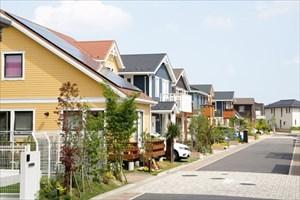 外壁の劣化要因 ~排気ガスなど空気中の汚れ~
